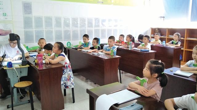 """十堰现""""报班热"""" 10岁女孩暑假连报4个培训班"""
