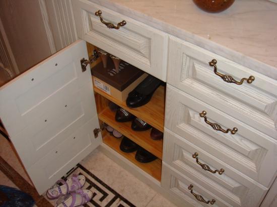 宜家比萨鞋柜安装