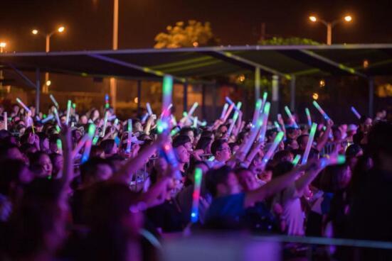 万豪中心狂欢音乐节圆满落幕 样板间盛装启幕
