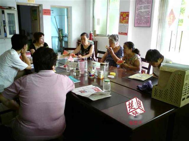 武汉最高气温达到35℃ 社区将开放避暑纳凉场所