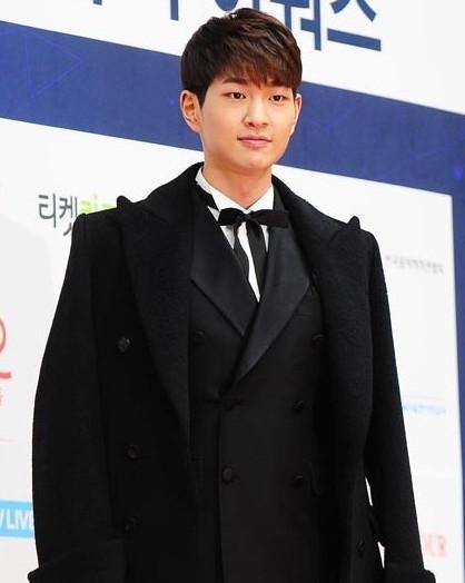 韩国男星涉嫌酒后性骚扰 曾参演《太阳的后裔》