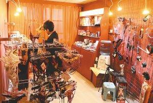 武汉情趣用品店探秘,多通过网购方式流通