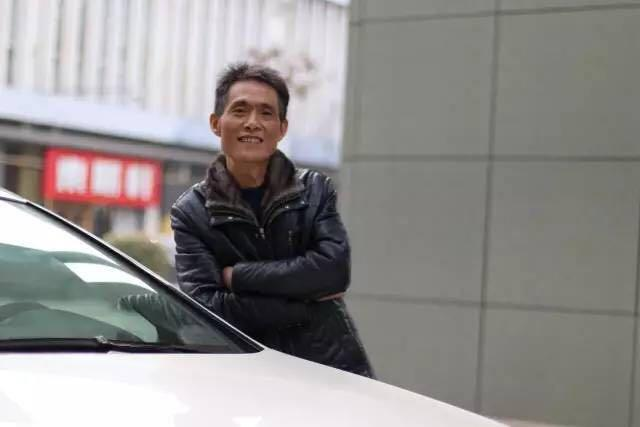 陈建军:开车让我从失败的阴影中解脱出来