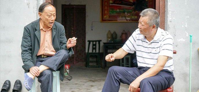 扶贫干部驻贫困村600多天 帮村子一年创收超10万