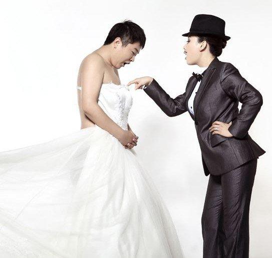 我和老公的反串婚纱照,我老公看着好害羞.