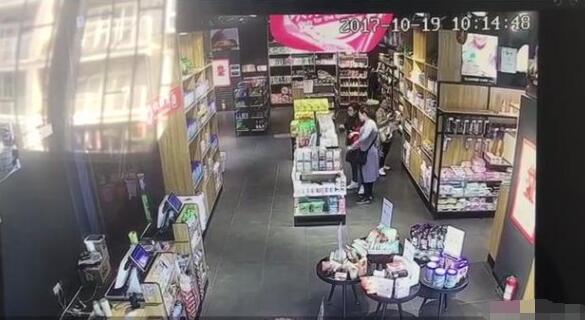 女贼团伙专偷婴儿奶粉和用品 大部分转卖还自留