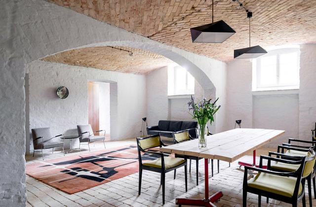 在地中海风格越来越庸俗的时候,看这个优雅的房子