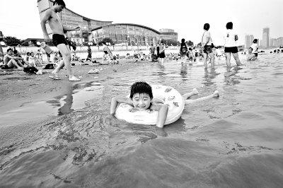 武汉昨刷新今年低温最高值 今起三天高温酷热