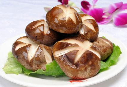 多吃香菇可防冬季常见病