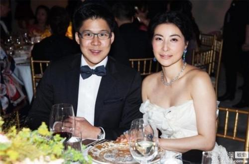 郭晶晶婚后两年豪门生活照