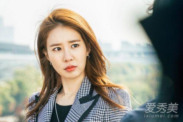 整容脸很僵 但刘仁娜在鬼怪里的妆容很美 韩剧女主角妆容