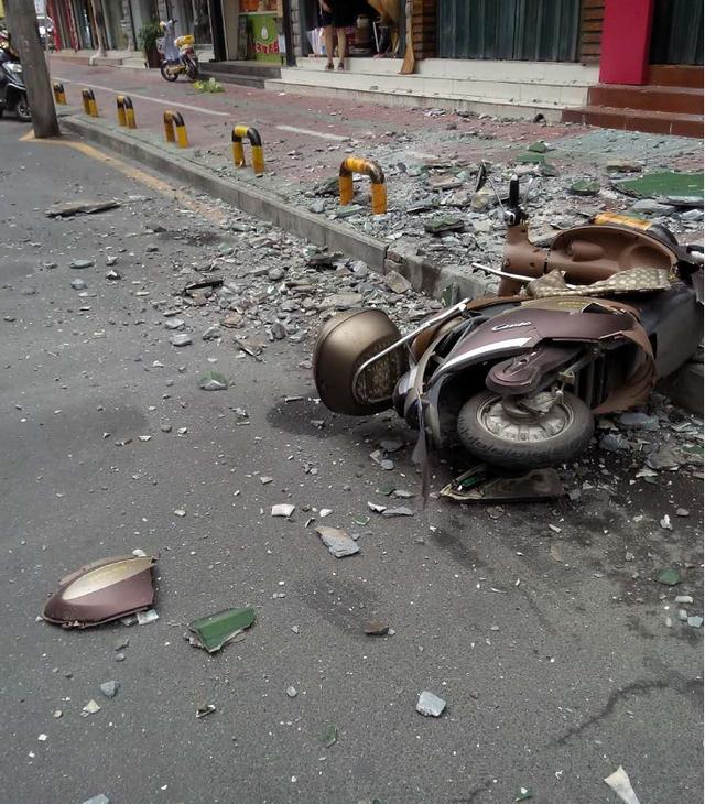 襄城一住民楼坠落瓦片砸伤行人 责任由全体业主承担