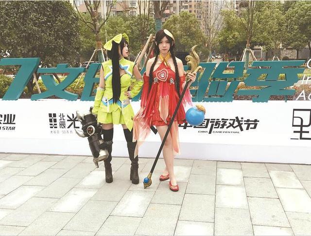 """""""95后""""热衷cosplay """"二次元""""消费市场悄然崛起"""