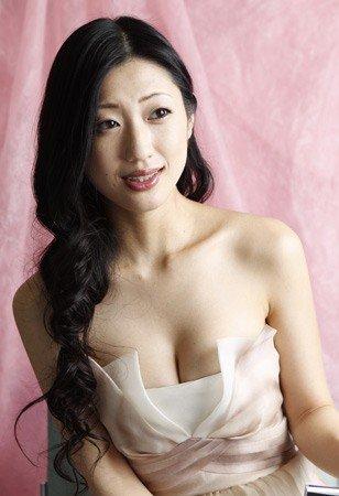 日本女优-日本情色网_日情色女星发售新书 引发新一轮\