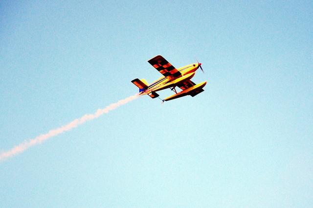 武汉举办首届无人机大赛 6名飞手获入围全国赛资格