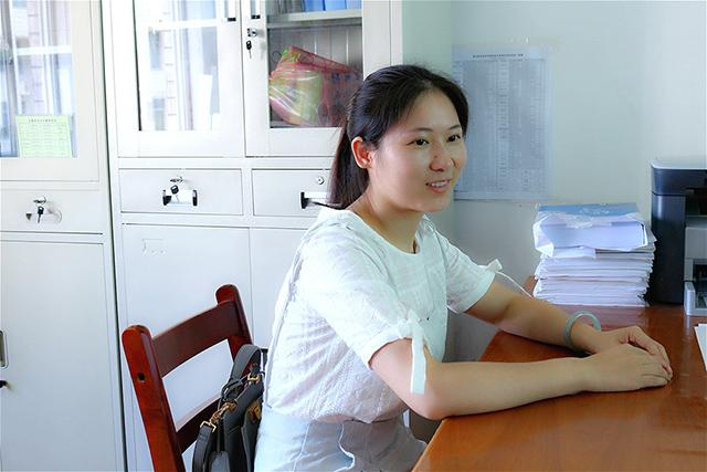 湖职吴文芳老师人物专访:90后海归教师的担当