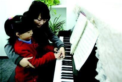 学弹钢琴(共10篇)