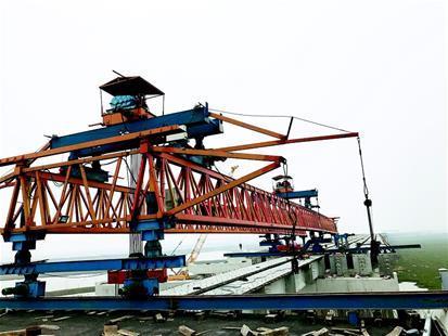 孝汉大道白水湖特大桥合龙 该桥全长约5公里(图)