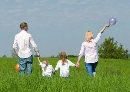 """父母带BB春季出游的""""八大问"""""""