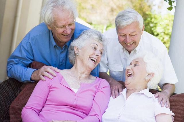 你知道吗?七种原因会让老人姿势变差!
