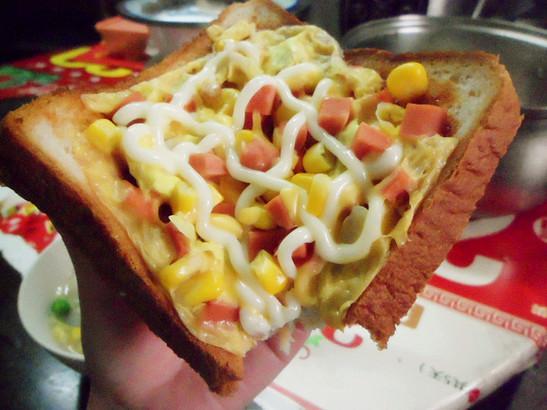 美国公布十大高盐食物:面包比萨上榜