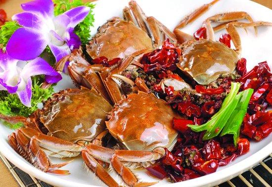 2两河蟹相当于5两肥肉?专家教你健康吃蟹
