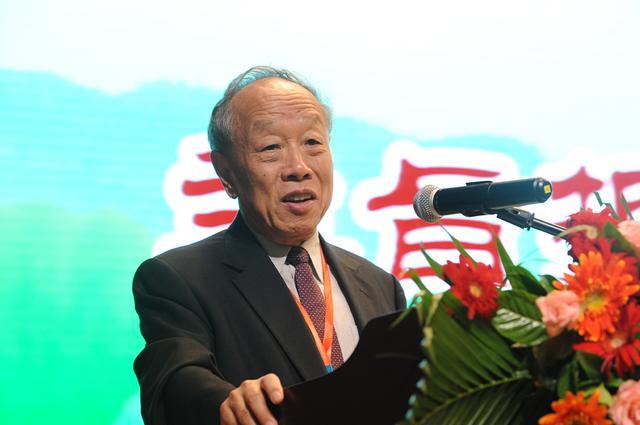 第二届中华健康节在以岭健康城举行
