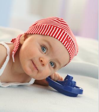 宝宝春季过敏性鼻炎的预防措施