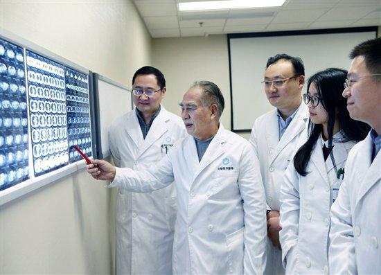 首届全景医学融合影像高峰论坛将开幕 163位专家共发声