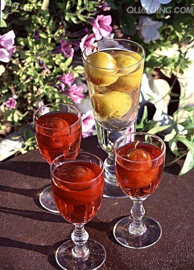 女性常饮青梅酒 可延缓衰老