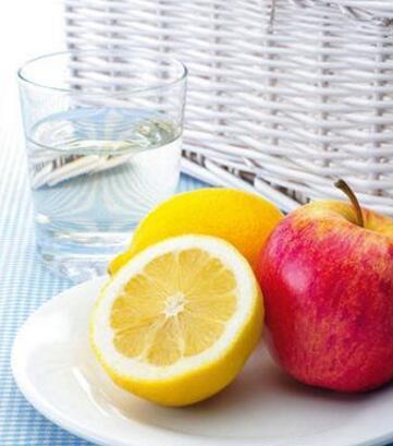 8种水果有效滋润孕妇干燥皮肤