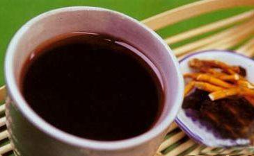 """一杯""""双冬""""茶助你缓解嘴唇干裂 滋阴润燥"""