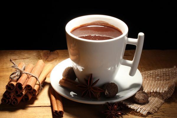 女人在特殊时期不宜喝咖啡,会加重痛经