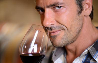 男人要长寿5点:少喝酒多吃蓝莓少吃肉