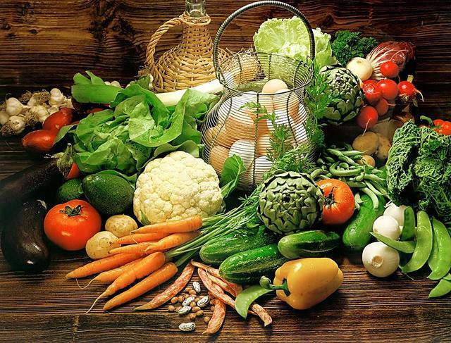 春分养生经:多食用蜂蜜和新鲜时令蔬菜