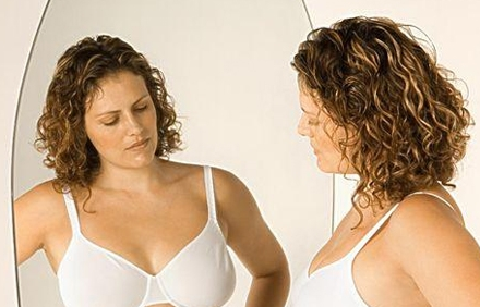 怀孕乳房变丑好悲催,护理姿势学起来!