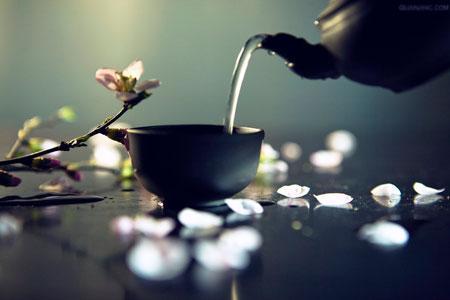 喝茶前应充分搅拌 可多释放15%抗衰老成分