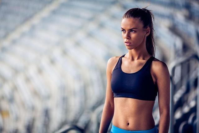 夏季健身增肌应该怎么吃?每天多喝一杯奶