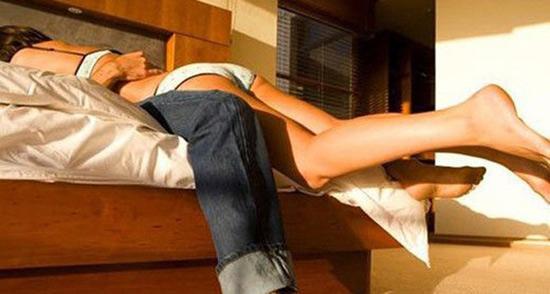 两性秘密:炎夏精子质量低是否不适宜造人?