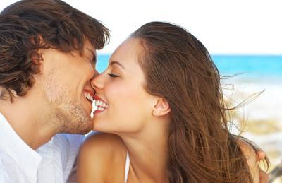情人节综合征:热吻或致耳膜穿孔需小心哦