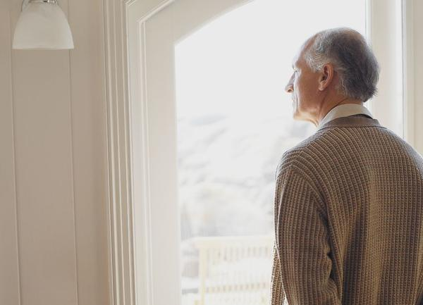 5个老年人就有1个中招!老人便秘怎么办?