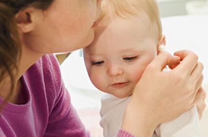 为爸爸妈妈搜罗 宝宝耳朵护理二三事
