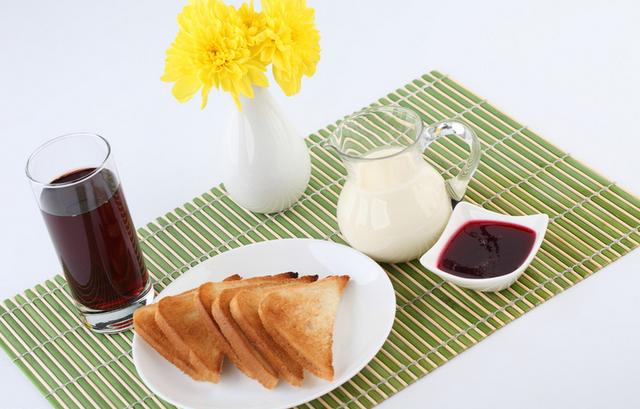 最简单最营养的早餐_美食家张炎妈妈与您分享正宗简单营养的早餐粥