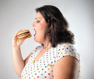 研究发现:心情不好的时候易吃垃圾食品