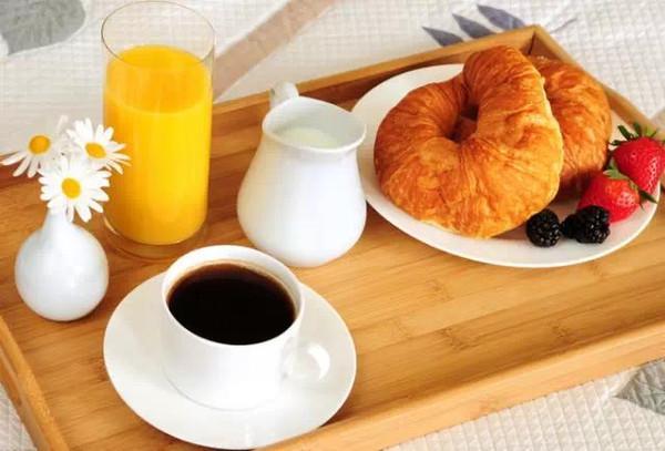 註意!早飯要趕在9點半前 這是科學!