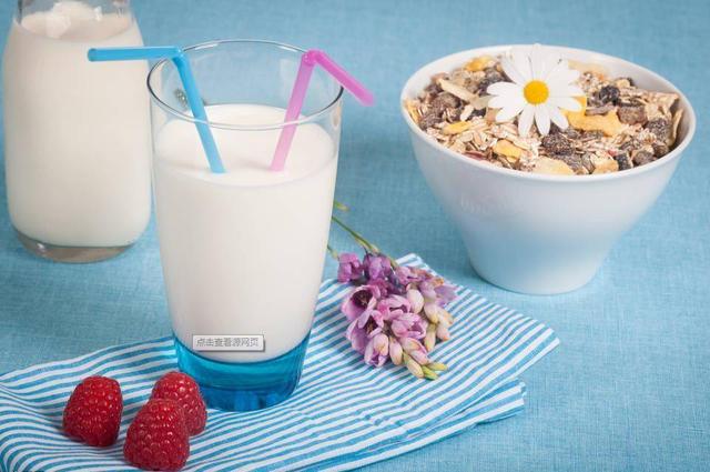 虽然牛奶好,但是这样喝却是最伤身体