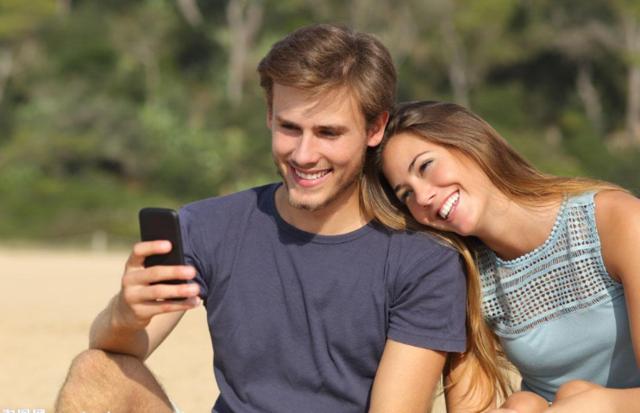 恋爱心理:解读暗恋时的十个心理表现