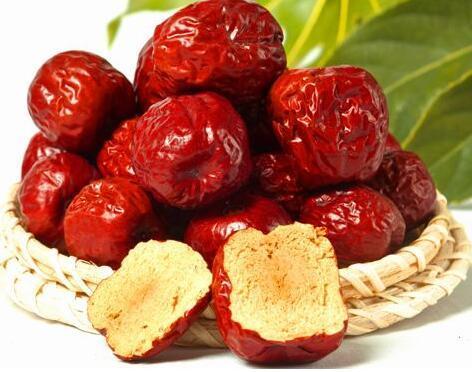 每天吃十颗枣增强性功能 4种男性不宜吃
