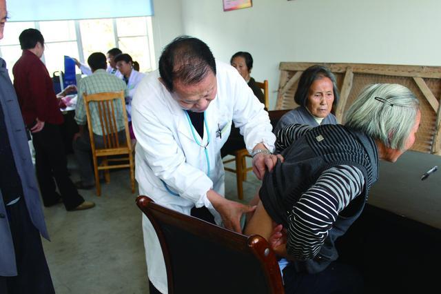 北京中医健康乡村(社区)建设试点启动