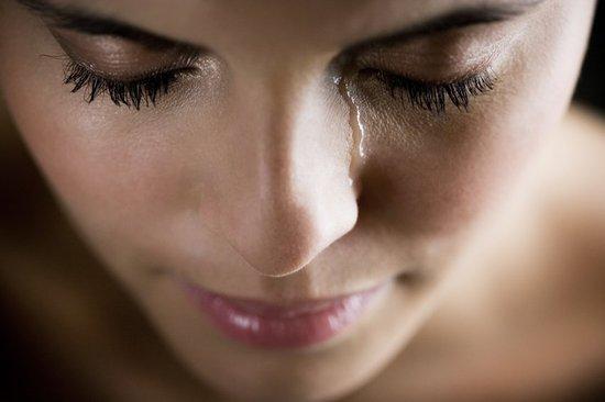 两性情感:女人流眼泪会暂时降低男人性欲